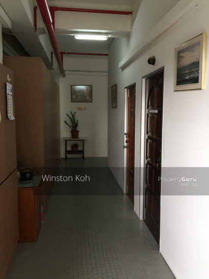 budget office storage space for rent near mrt singapore light industrial b1 for rent. Black Bedroom Furniture Sets. Home Design Ideas