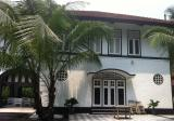 Black and White Bungalow on Mt Pleasant - Property For Rent in Singapore