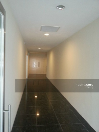 Solstice Business Centre Corridor 33714547
