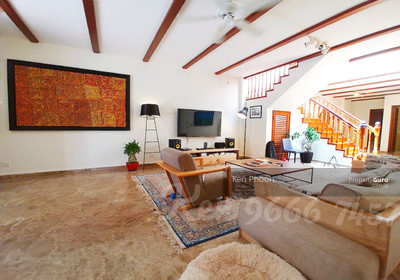 For Rent - ORCHARD NIVEN ROAD COLONIAL CONSERVATION SHOP HOUSE