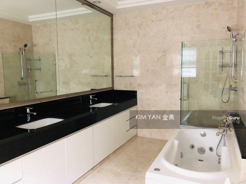 Classical Design with 6+1 Bedrooms & Swimming Pool #101700767