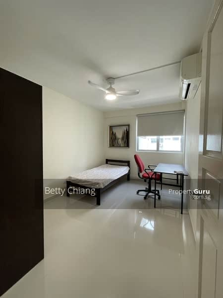 For Rent - 526 Hougang Avenue 6
