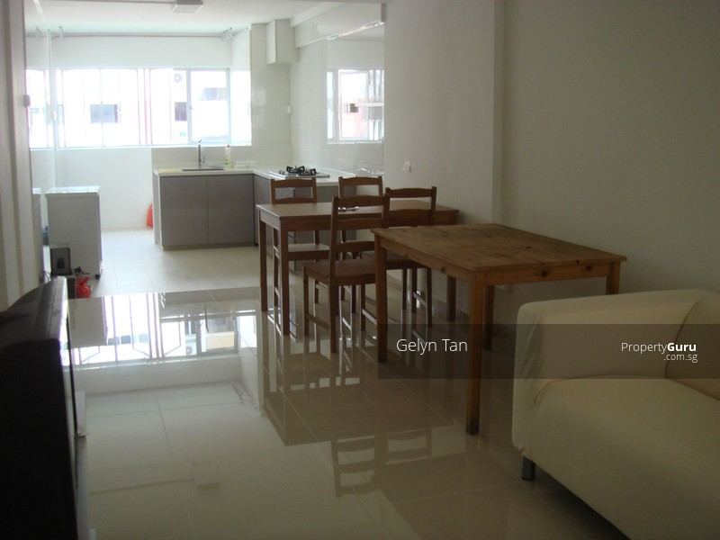 Room For Rent In Ang Mo Kio Avenue