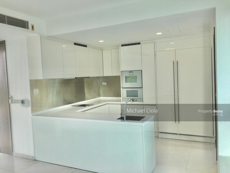 Value for the size, location, unblocked panoramic views of GCB call view 95754785