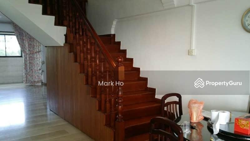 2 Storey Hdb 906 Jurong West Street 91 906 Jurong West Street 91 4 Bedrooms 1600 Sqft Hdb