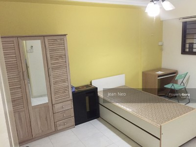 For Rent - ***CLEAN & BRIGHT ROOM FOR RENT***