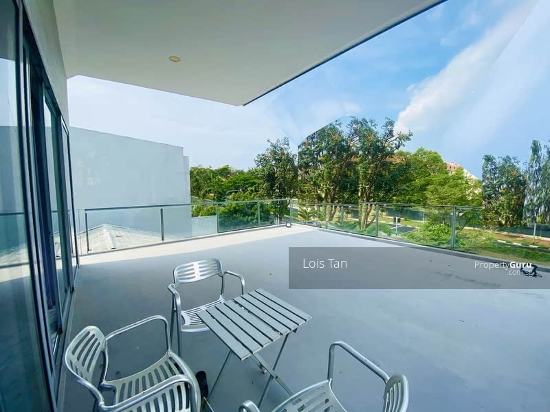 For Sale - Rebuilt Freehold 3 Storey Semi-detached with Roof Terrace
