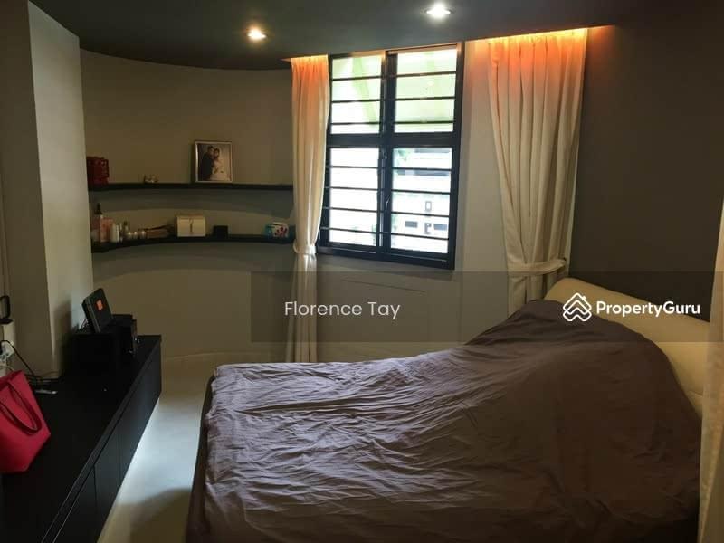 357c Admiralty Drive 357c Admiralty Drive 4 Bedrooms