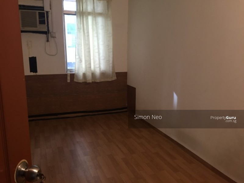Apartment Room For Rent Singapore new list! walk up apartment- 4bedrm- geylang lorong 6- for rent