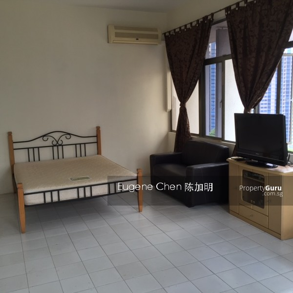 Apartments For Rent Under 500 Near Me: Hoa Nam Building, 27 Foch Road, 1 Bedroom, 500 Sqft