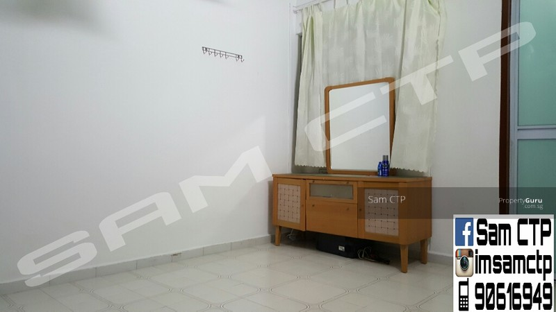 241 jurong east street 24 241 jurong east street 24 2 bedrooms 721 sqft hdb flats for sale Master bedroom in jurong east