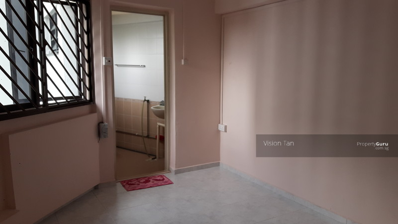 535 jurong west street 52 535 jurong west street 52 room rental 120 sqft hdb flats for rent Master bedroom for rent in jurong west singapore