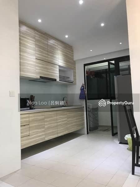 For Rent: 8533 9856 ALDA LOO