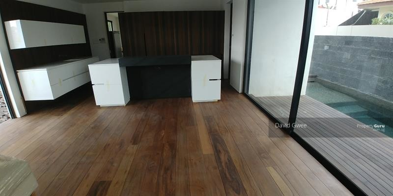 D16 BRAND NEW DESIGNER BUNGALOW by WWW  BUY123  SG