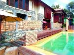 18 Chatsworth Road / House 1A