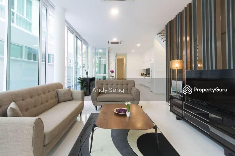 Sennett Estate #105015235