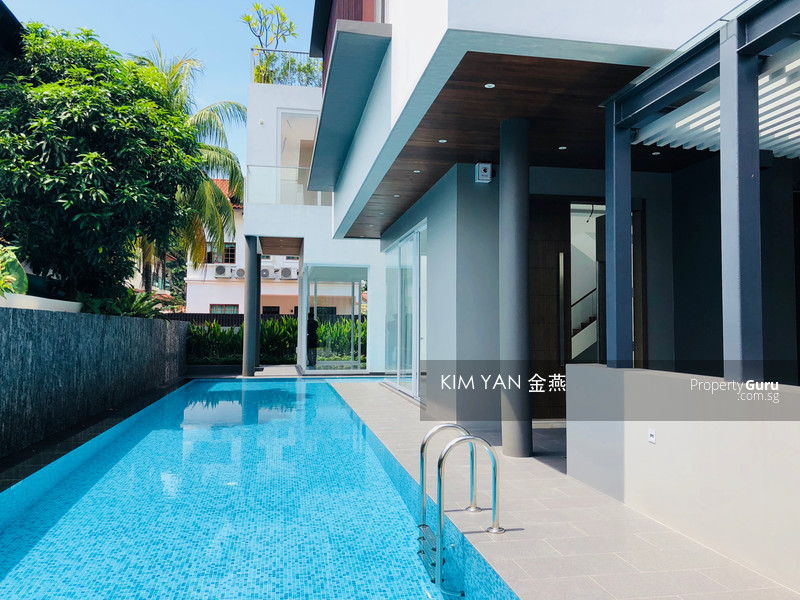 Brand New & Modern with Swimming Pool, Luxury with 7+1 Bedrooms Ensuite