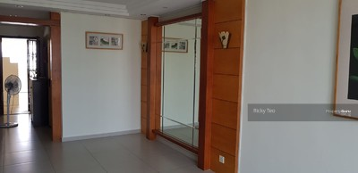 For Rent - 359B Admiralty Drive