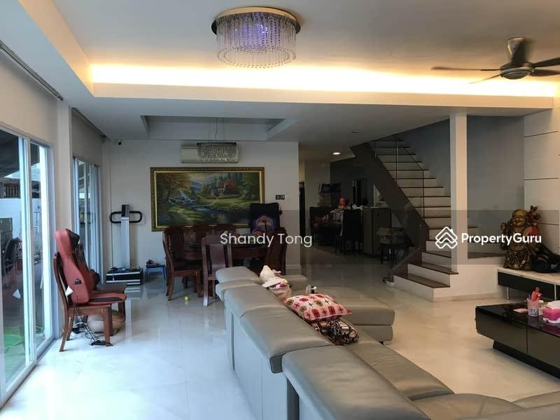 2.5 Storey Corner Terrace Near MRT #103581983