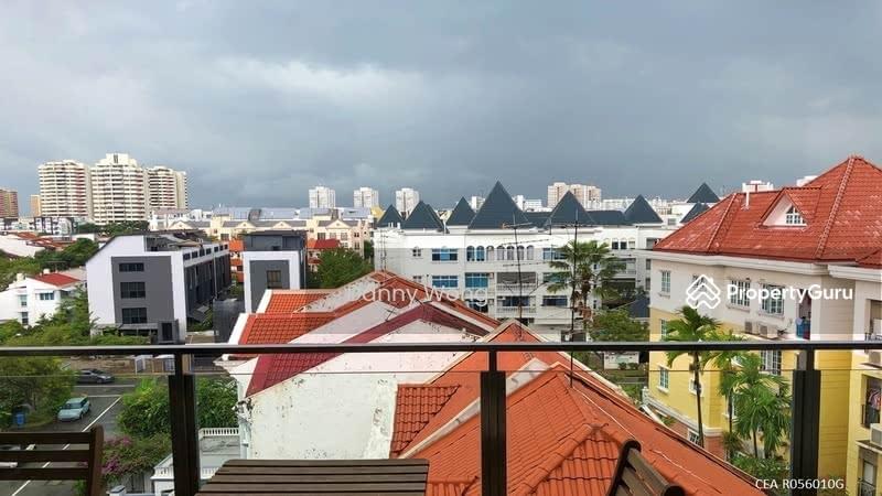 Sunnyvale Residences, 134B Lorong K Telok Kurau, 4 ...
