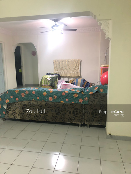 812 Jurong West Street 81 #106309825