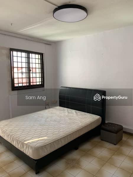 301 Jurong East Street 32 #107518673
