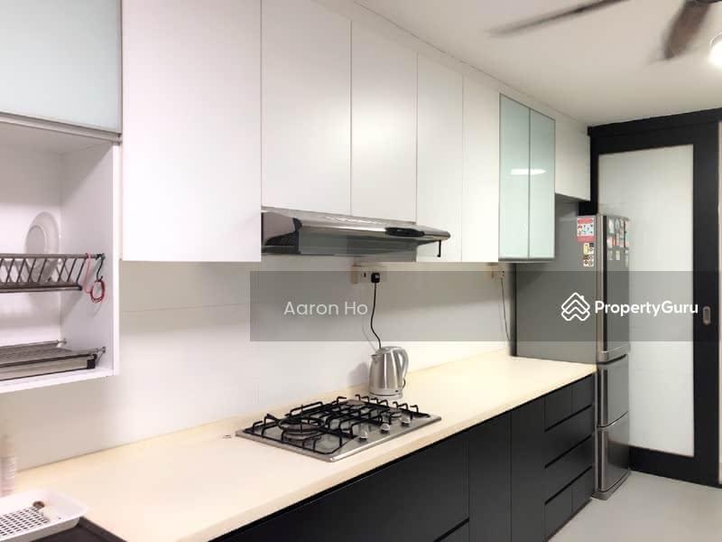 Complete Kitchen with Hood & Hob, Fridge, Washer
