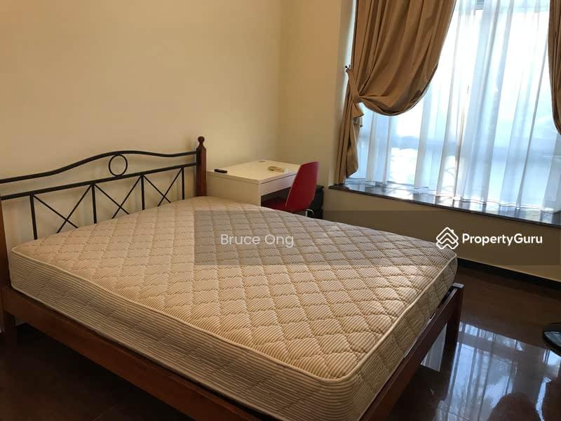 Master Room @ Eastpoint Green Condominium #110269523