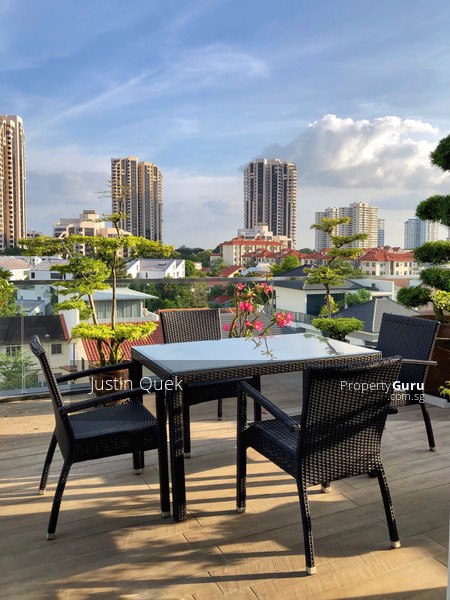 Roof Terrace with a 180 degree View