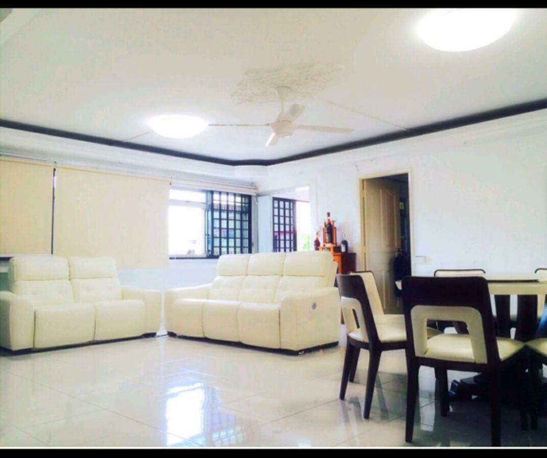 701 Jurong West Street 71 #111961001