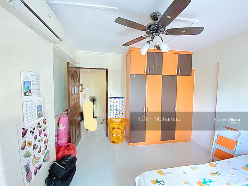 SPACIOUS BEDROOM WITH BUILT IN WARDROBE & A/C