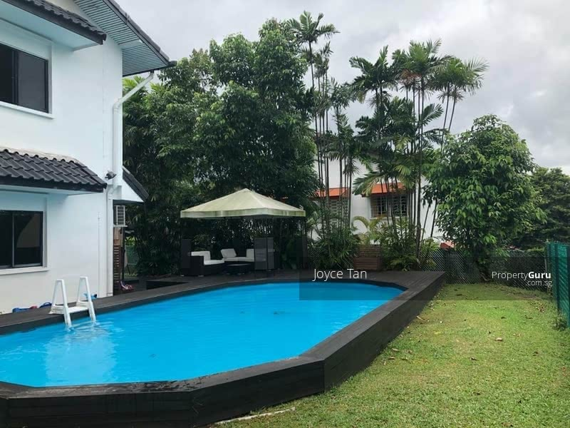 Pool with full privacy