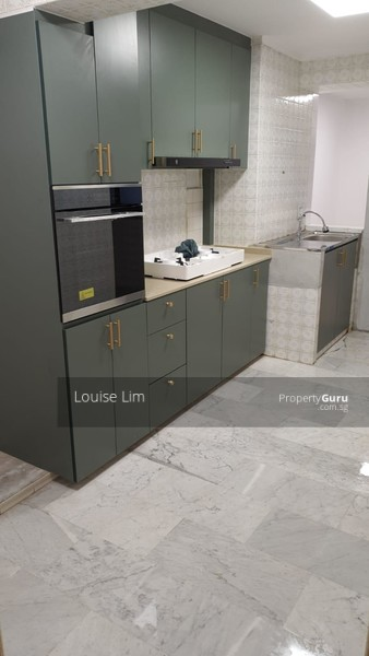 For Rent - 160 Mei Ling Street