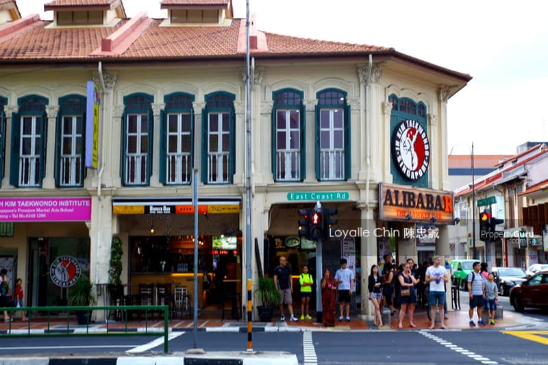 CHIC CORNER FH F&B Shophouse in East w Strong Rental Yield #129677341