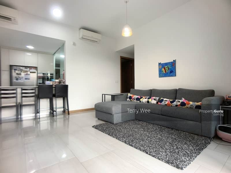 how-to-upgrade-to-condo-lakeville-lakeside-mrt-living-area