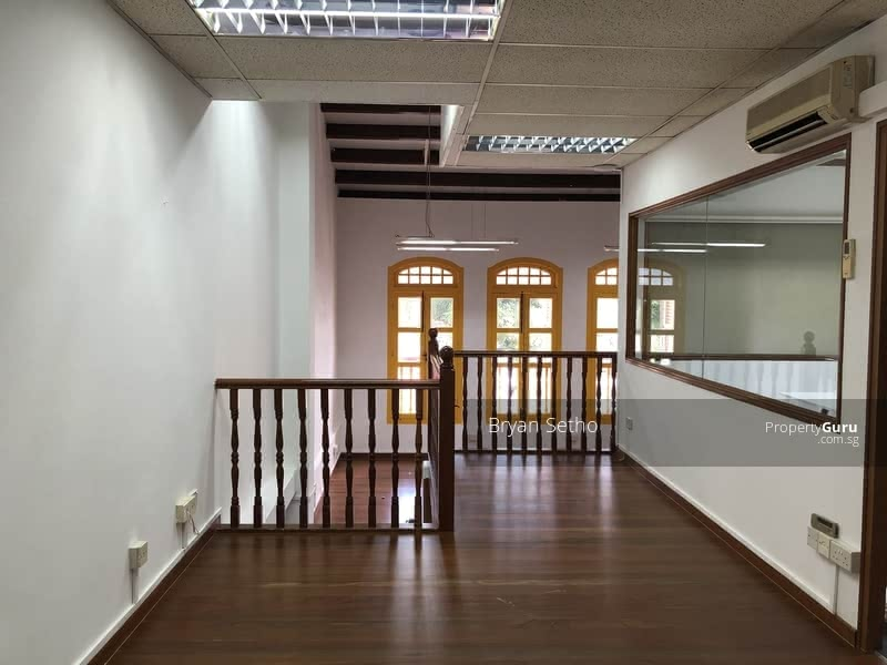 Mosque Street #123592277
