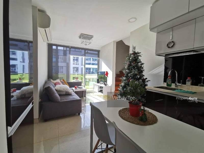 Centra Residence #125105875