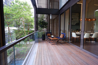 For Sale - Lloyd 65, a nature-inspired residence nestled in the heart of Orchard Road. 3-Bedroom Loft showroom