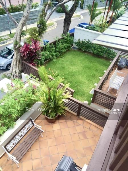 3 Storey Plus Basement Bungalow With Beautiful Garden For Lease #126580515