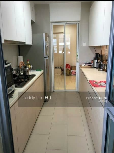 519B Tampines Central 8 #126805903