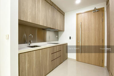 For Rent - Flora View