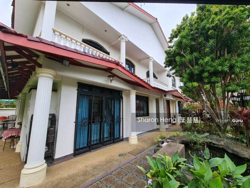 Bungalow on Elevated Land at Prime D10 at Only $16xxpsf! (Call Sharon Heng now 81883233) #126888923