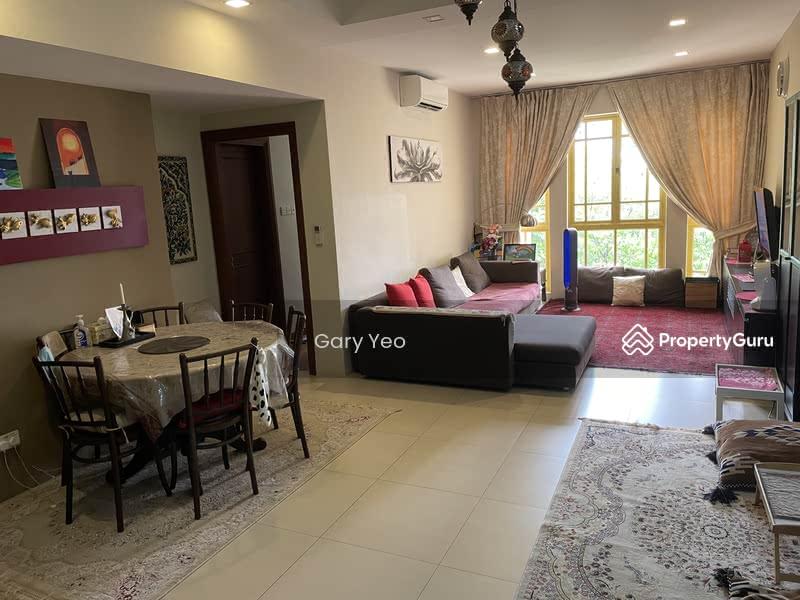Villa Marina #127922749