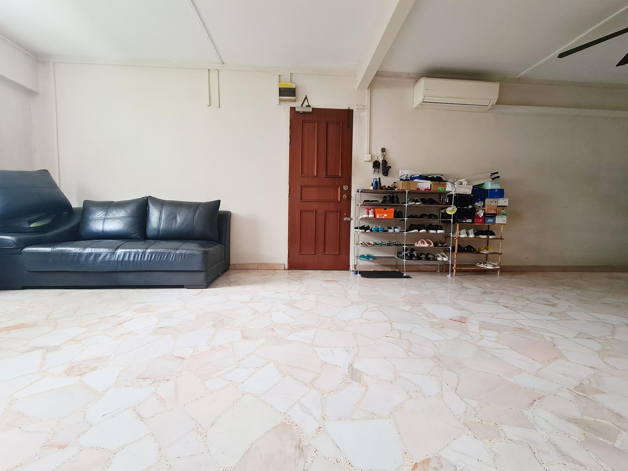 545 Jurong West Street 42 #127157979