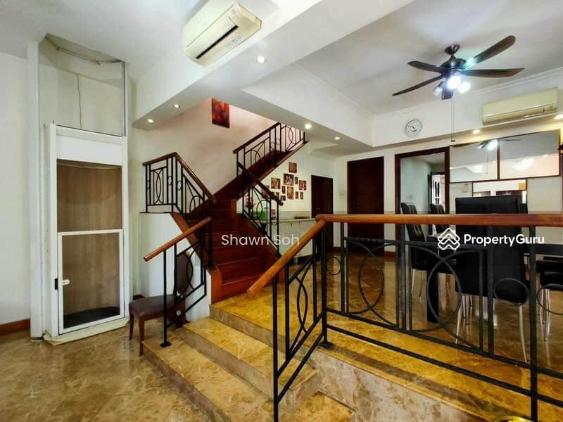 3 Storey Corner Terrace/Park villas rise #127182143