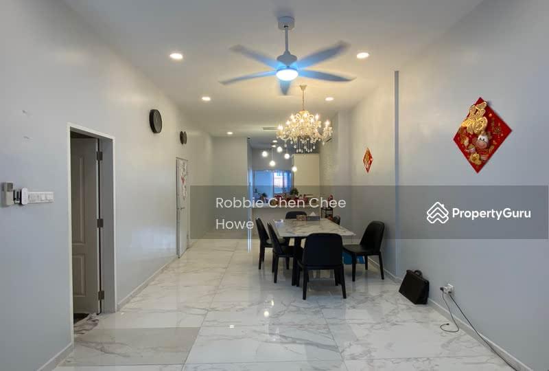 Renovated Terrace House in Sembawang Hill Estate Jalan Menarong #127207417