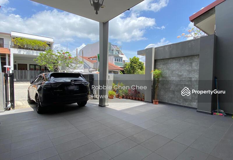 Renovated Terrace House in Sembawang Hill Estate Jalan Menarong #127207419