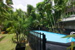 ⭐Overlooking Park Bungalow in GCB Locale Area ⭐