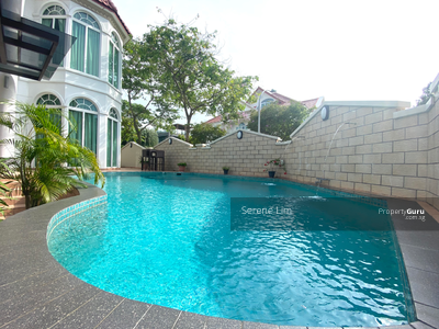 For Rent - D. 15 3 storey bungalow house with pool at goodman road !