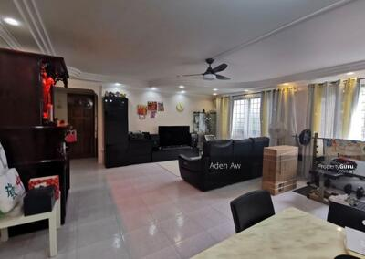 For Sale - 876 Yishun Street 81